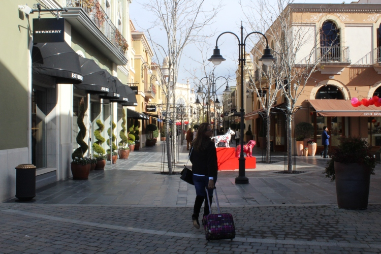 Yaneth de shopping.JPG