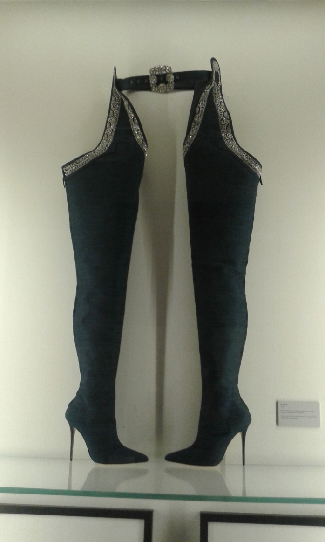 Botas altas negras.  yaneth.jpg
