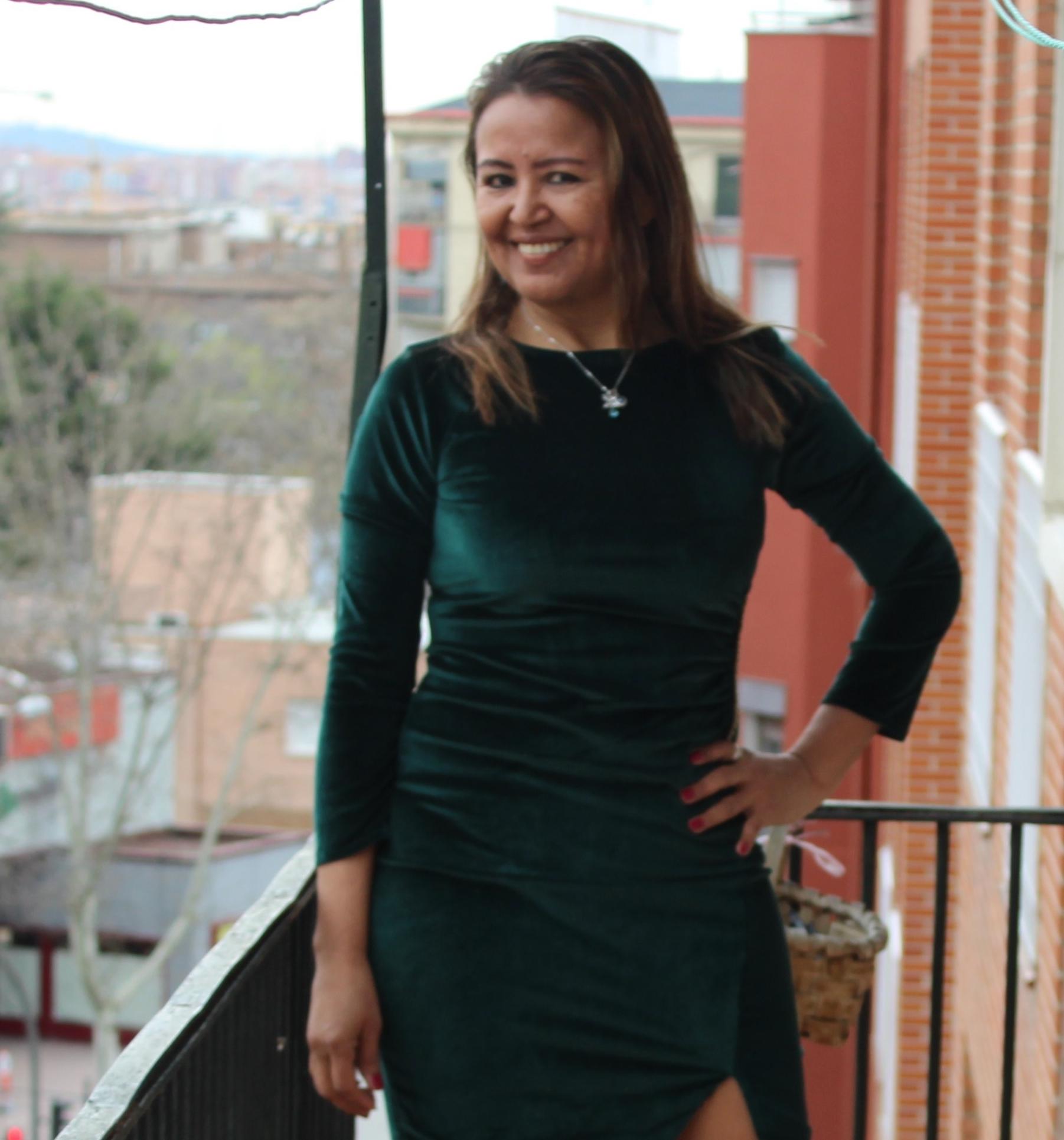 Vestido terciopelo verde, manga larga