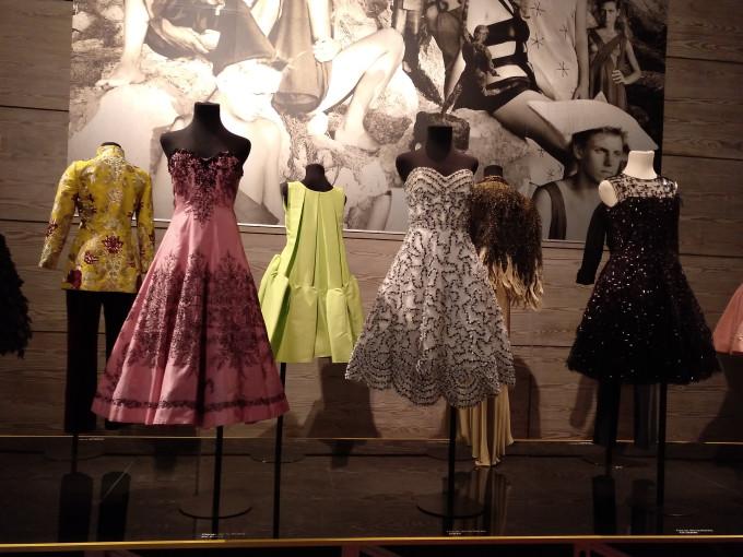 Vestidos de Carmen Lomana