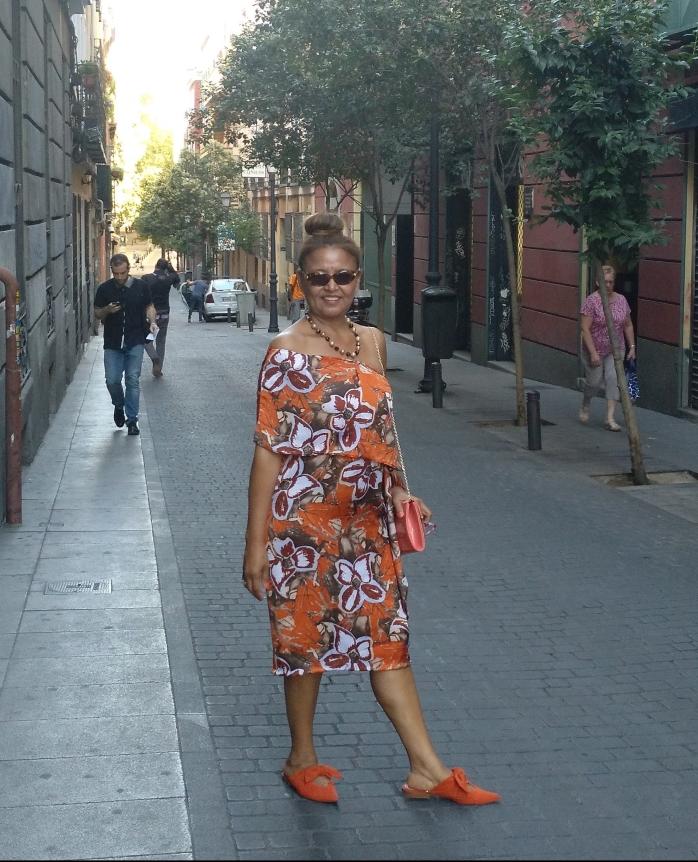 Vestido Naranja.jpg