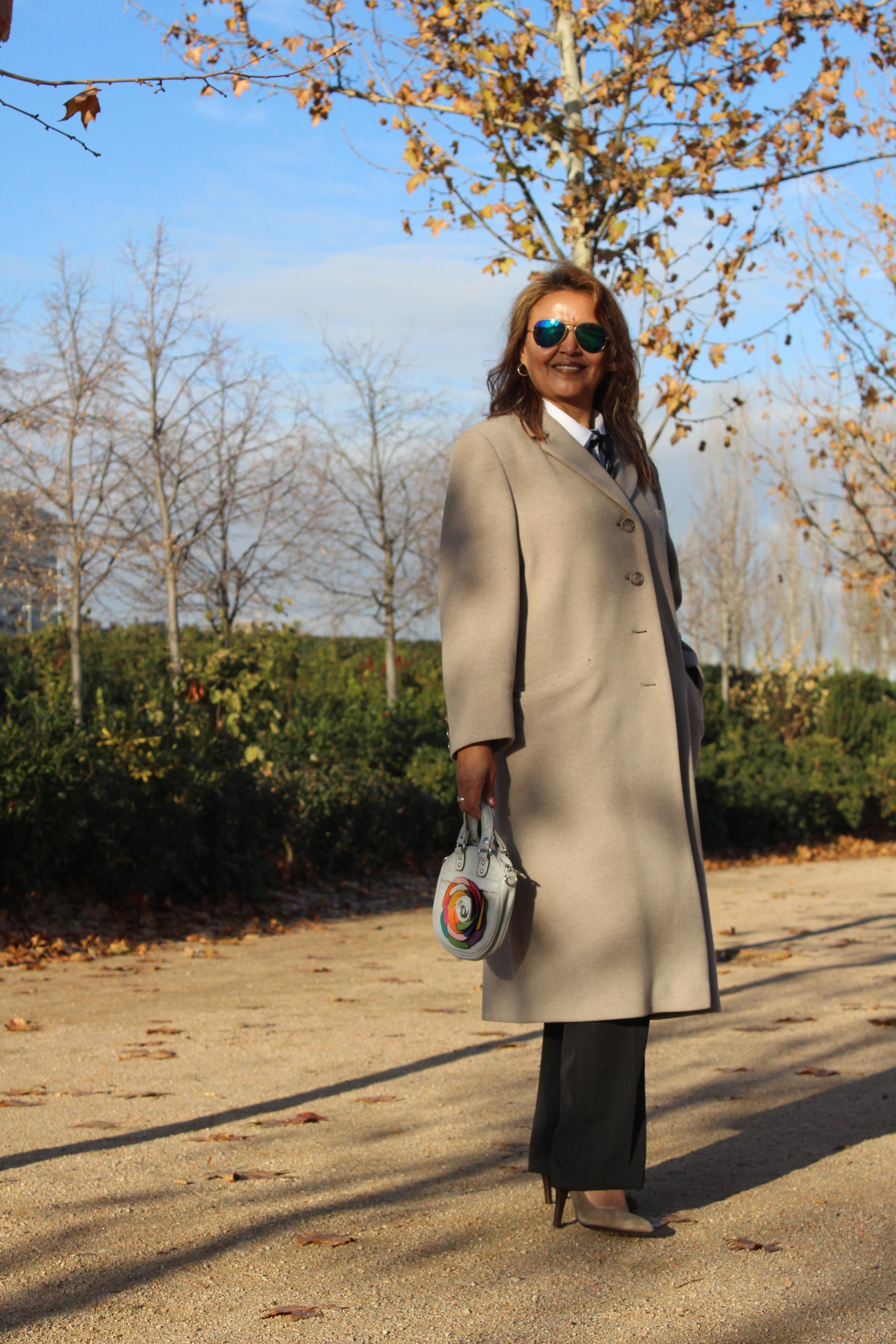 Abrigo largo de lana.JPG