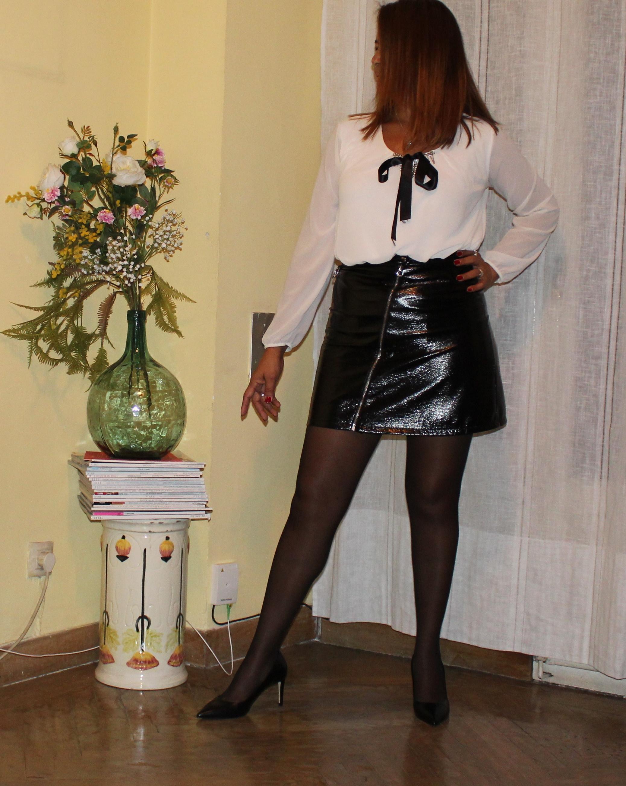 falda de cuero stylo.jpg