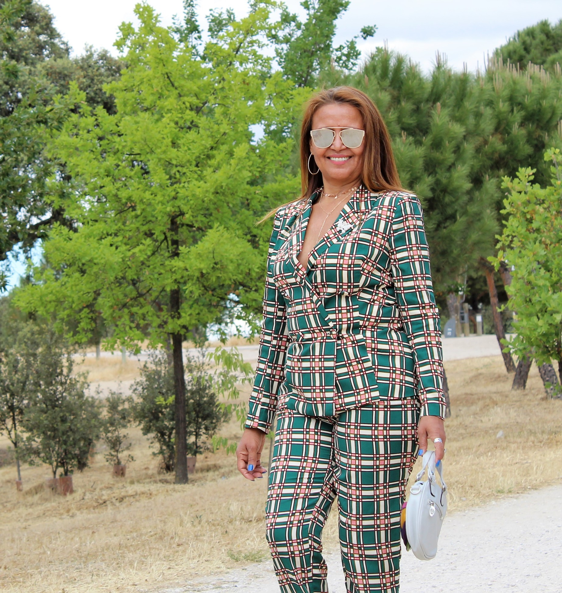 Outfit formal mujer. Moda mujer