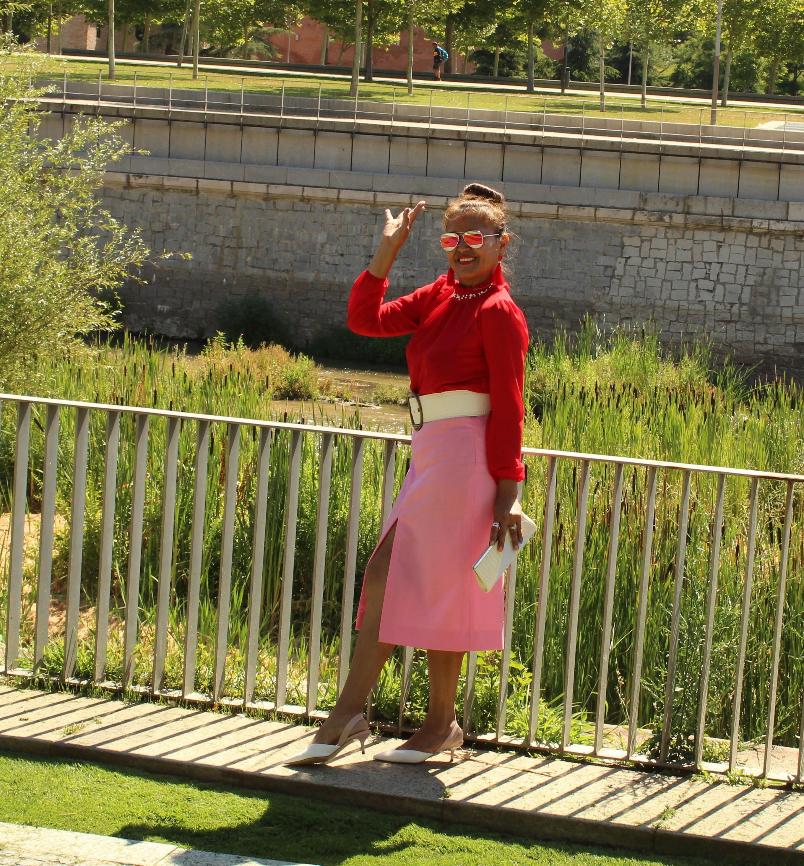 outfit falda tubo