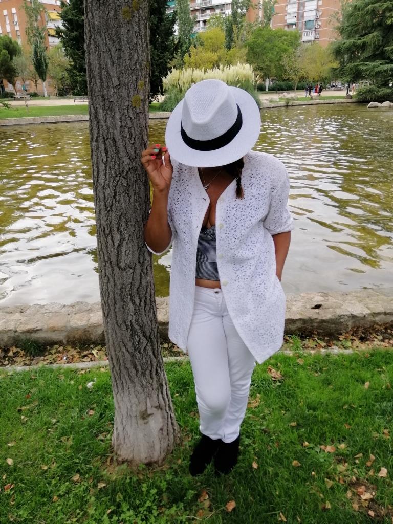 Sombrero blanco Panamá hat unisex con cinta negra