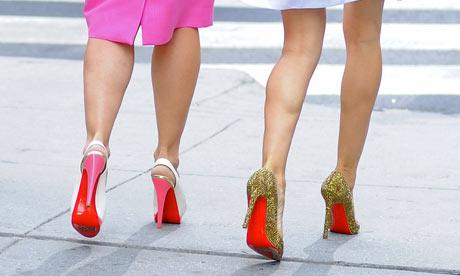 Zapatos de suela roja